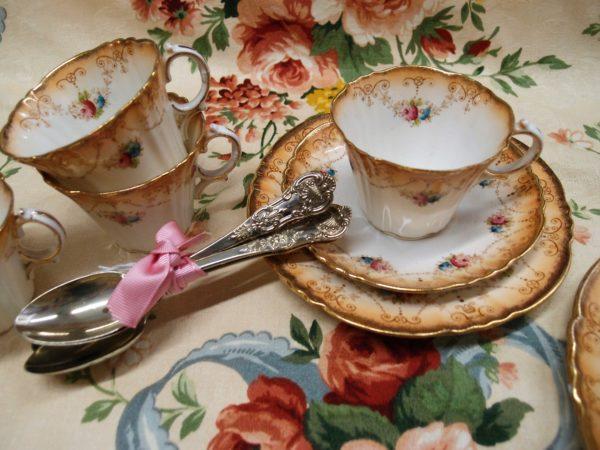servizio da tè inglese in porcellana, porcellana vintage