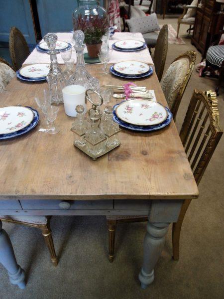 tavolo da pranzo antico cm. 180
