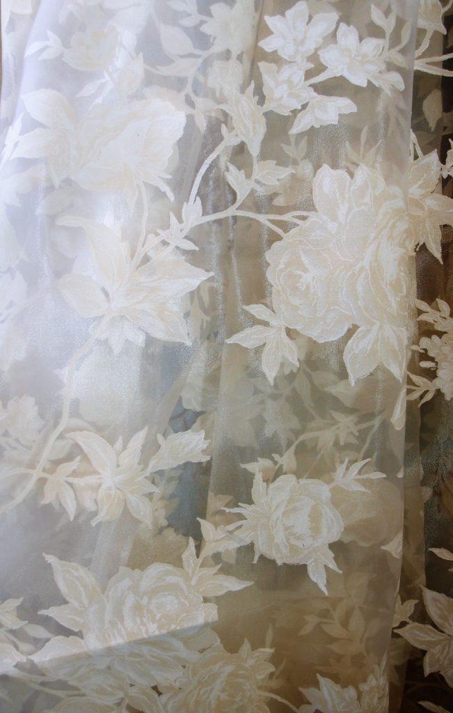 tessuto tendaggio con rose