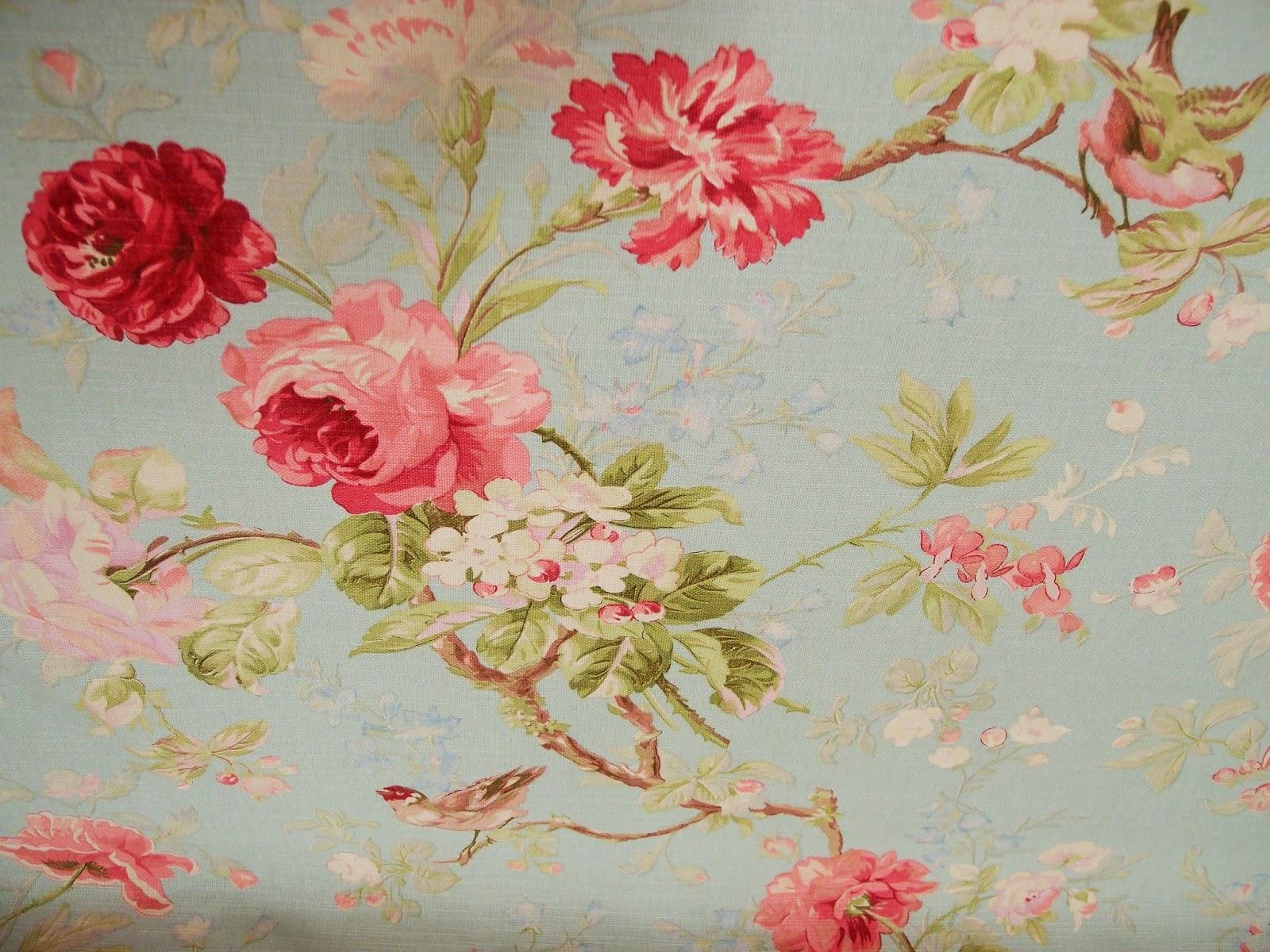 I tessuti di primavera con le rose arredare con i fiori for Tessuti arredamento inglesi
