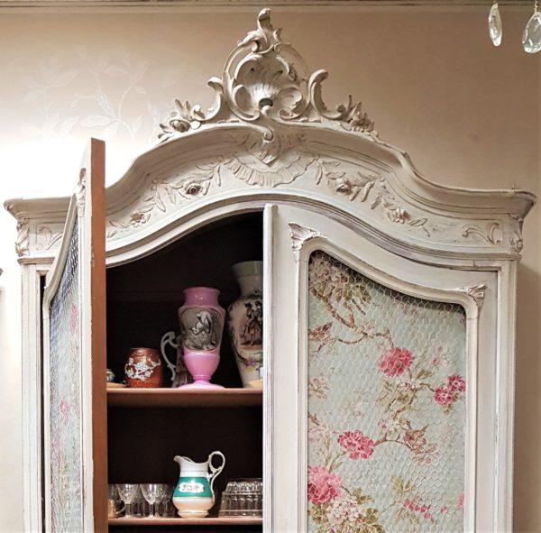 vetrina armadio shabby francese con rose shabbychic