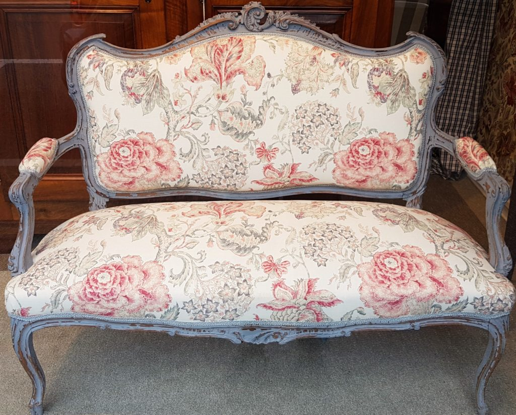 divanetto antico , divano antico francese