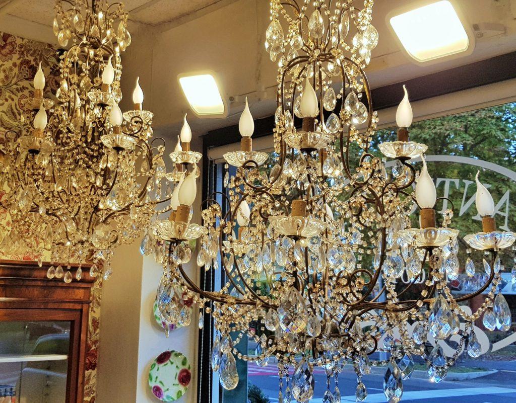lampadari antichi con gocce cristallo