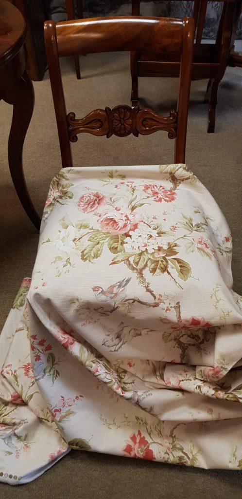 tappezzeria divani, tessuti tende, tessuti con rose