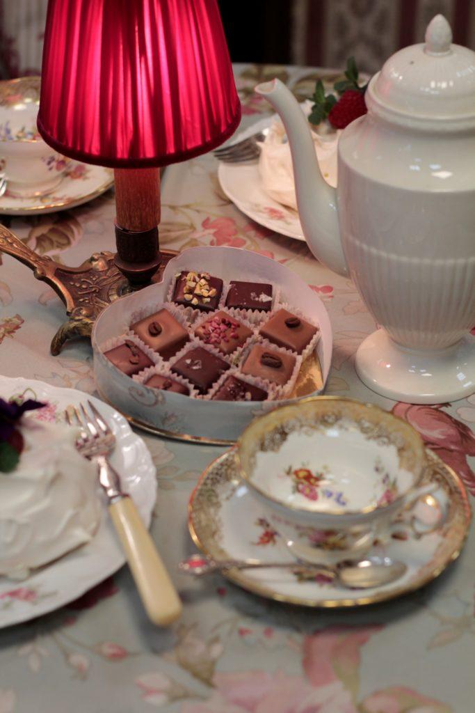 farage cioccolato milano, bellini antichità rimini, tessuti a metraggio rimini